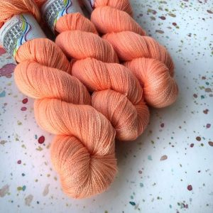 Trinity Peach Marguerite